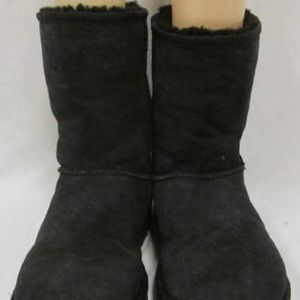 Ugg short black boots sz 10